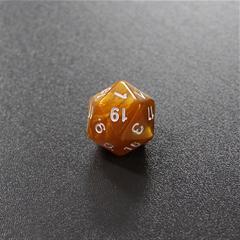 Золотой мраморный двадцатигранный кубик (d20) для ролевых и настольных игр