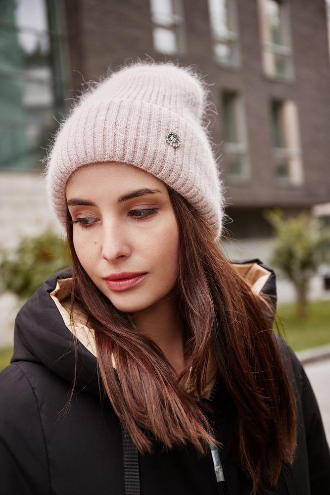 Зимняя женская шапка AF210705 Шапка женская import_files_69_69c7d21715f411ec80ef0050569c68c2_871a751624f611ec80ef0050569c68c2.jpg
