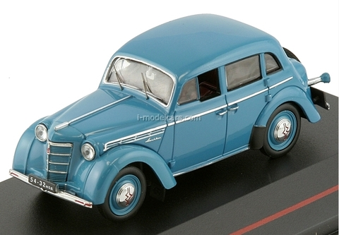 Moskvich-400 light blue 1954 IST113 IST Models 1:43