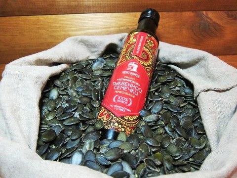 Сыродавленное масло штирийской тыквенной семечки