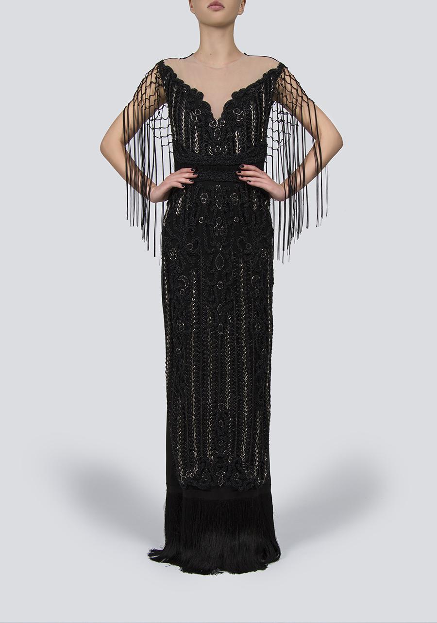 Платье из крепа | Линии Haute Couture