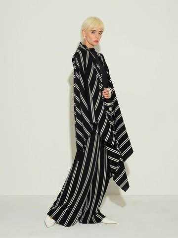 Женские брюки в черно-молочную полоску из шерсти - фото 5