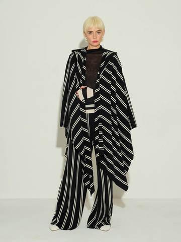 Женские брюки в черно-молочную полоску из шерсти - фото 4