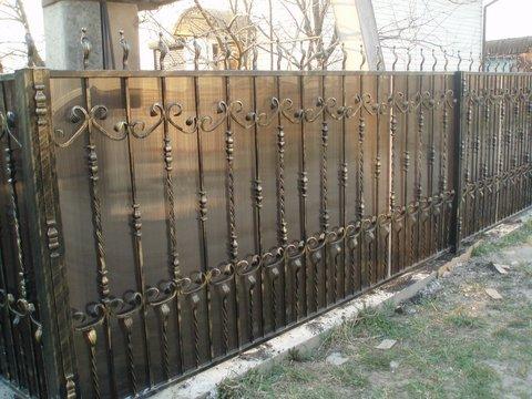 Кованый забор с поликарбонатом N-4