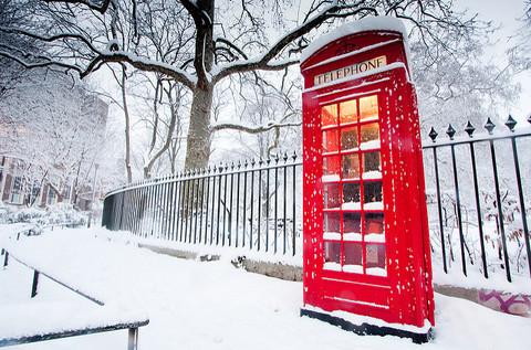 Алмазная Мозаика 40x50 Телефонная будка зимой (арт. 2PAV721)