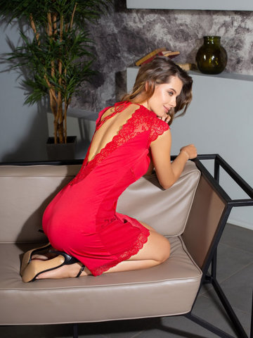 Сорочка женская с кружевом  MIA-MIA ЭЛЕГАНС Леди в красном 12025