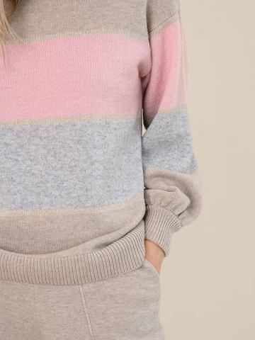 Женский свитер бежевого цвета из шерсти и кашемира в полоску - фото 3