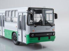 Ikarus 260.06 planetary doors white-green 1:43 Modimio Our Buses #25