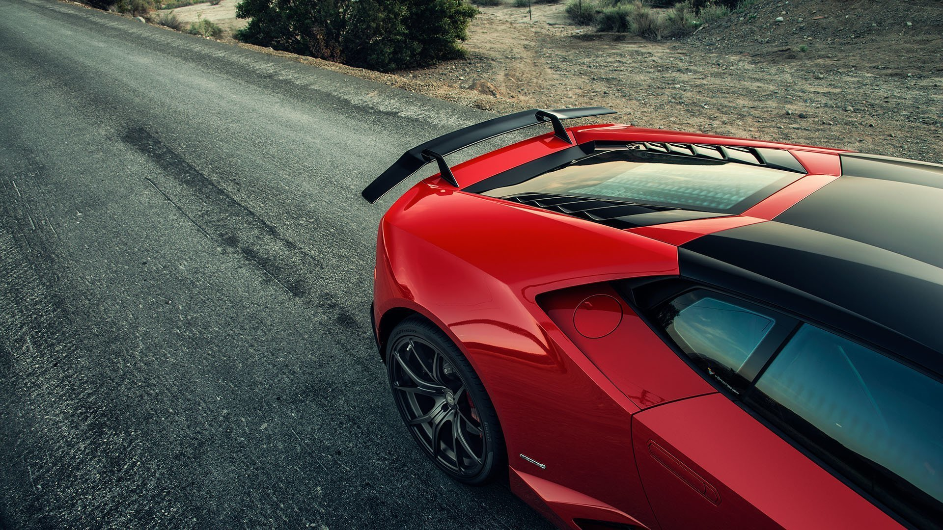 Карбоновое антикрыло Vorsteiner Style для Lamborghini Huracan
