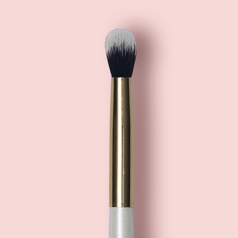 Oh My brush Blending eye brush 203