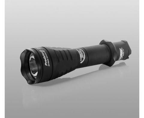 Фонарь Armytek Predator v3 / XP-E2 Красный / 160 лм / 5°:40° / 1x18650 или 2xCR123A