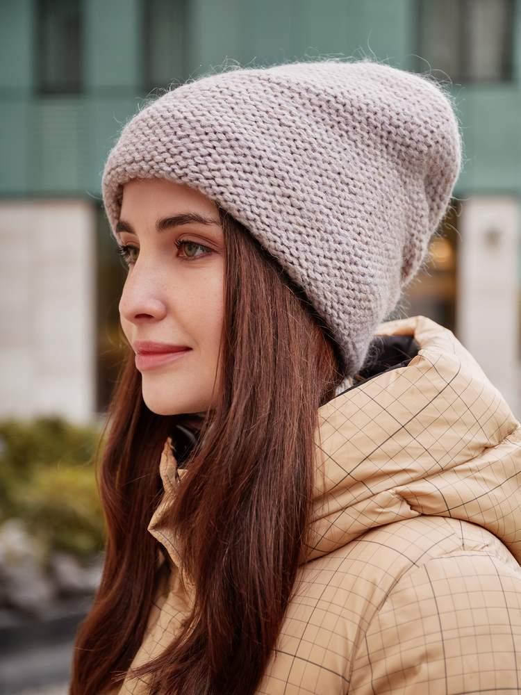 Зимняя женская шапка MF210308 Шапка женская import_files_63_63abcae115f411ec80ef0050569c68c2_00aeed8924f811ec80ef0050569c68c2.jpg