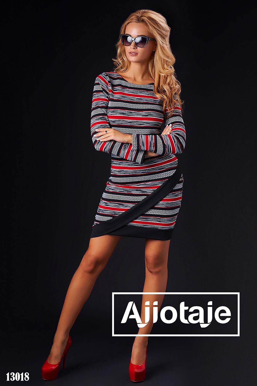 Теплое платье в двухцветную полоску
