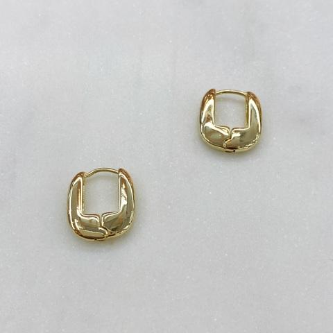 Серьги мини-конго в виде скобочек 1,5 см (золотистый)