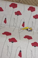 Льняная интерьерная ткань  принт  МАКИ