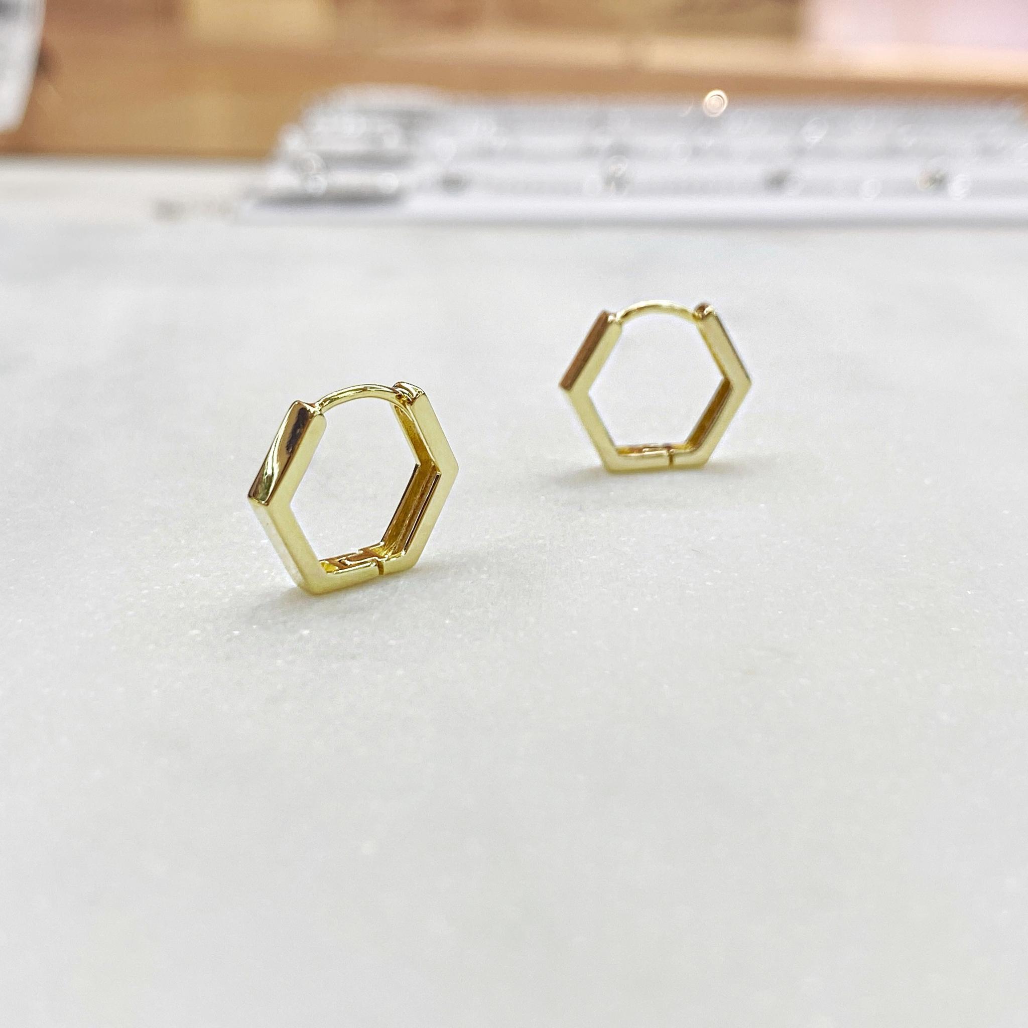 Серьги мини-конго пятиугольные 1,5 см (золотистый)