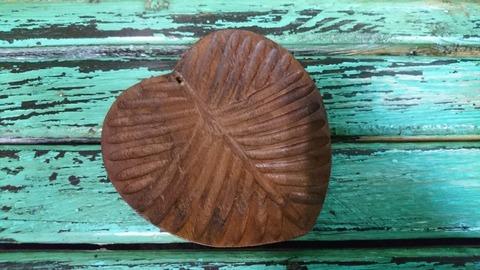 Подставка п/благ. деревянная Блюдце - Лист 9*10*2,3см., шт.