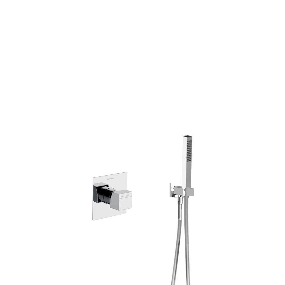 Встраиваемый смеситель для душа с душевым комплектом KUATRO K4718011 на 1 выход
