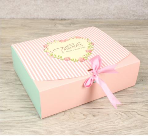 Пирожные Макарон в подарочной упаковке (20шт)