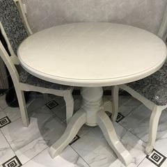 Скатерть круглая матовая 102 см для белого стола
