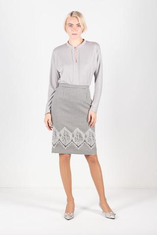 Фото серая блузка с круглым воротником на одной пуговице - Блуза Г684а-759 (1)