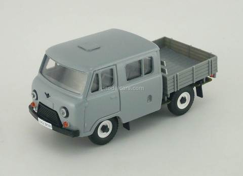 UAZ-39094 Farmer gray metal Agat Mossar Tantal 1:43