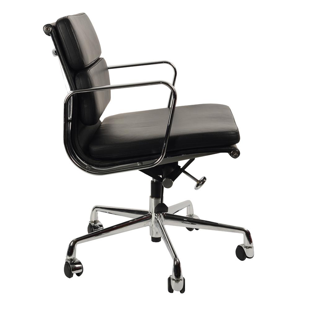 Кресло Eames Style Soft Pad Office Chair EA 217 черная кожа - вид 3