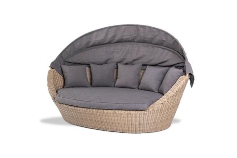 Кровать «Амальфи» с подушками
