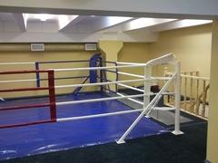 Ринг боксерский, напольный на упорах 6х6м.