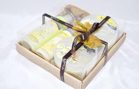 Набор подарочный №8 ВИНОГРАД-КРИМ (пенка200мл, молочко100мл, мусс280 мл, скрабби200мл)/ТМ Chocolatte