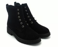 Ботинки черные с декором