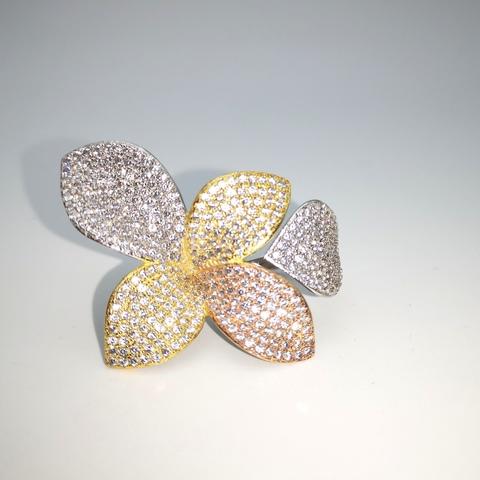 496048- Кольцо GIARDINI из трехцветного серебра с цирконами