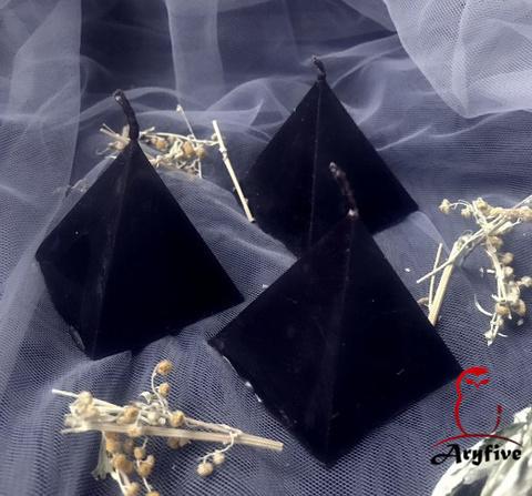 Свеча «Пирамидка Полыни»