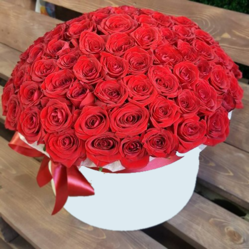 Цветы 101 роза в шляпной коробке