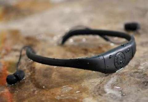 Aqua Pleer Music Sports Swimming IPX8 FM MP3 Плеер 8GB водонепроницаемый (чёрный)