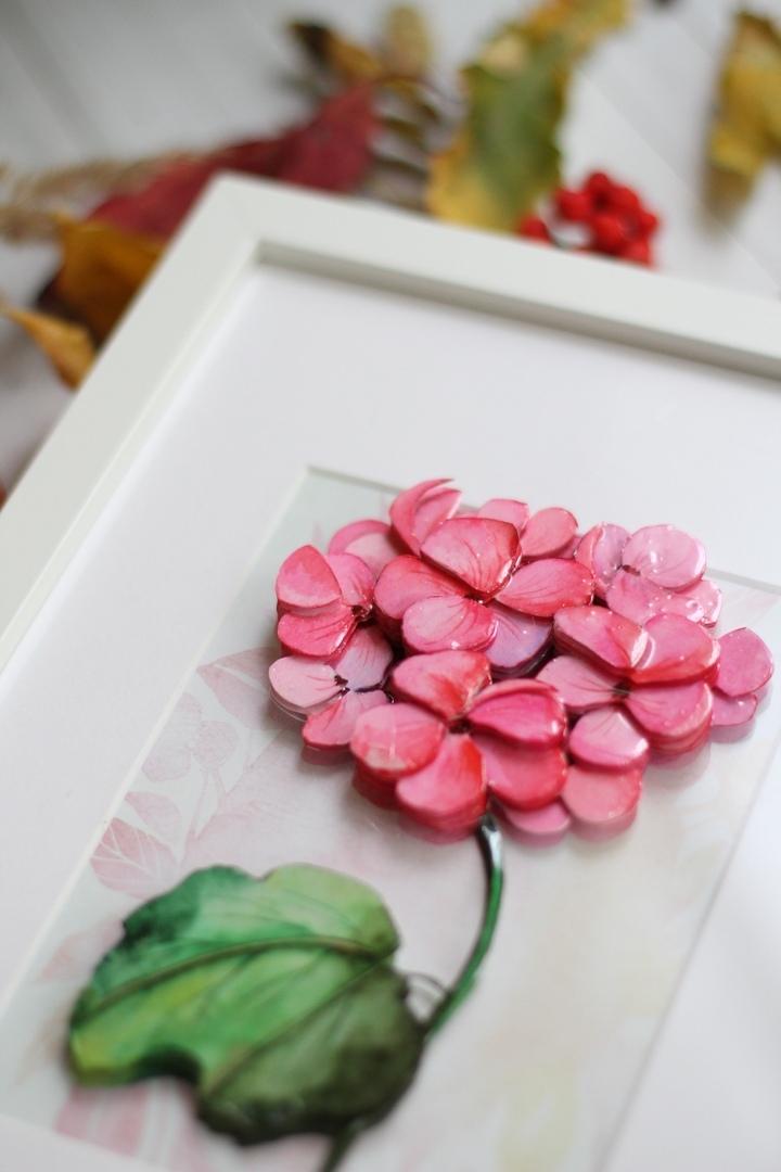 Розовая гортензия, покрытая эпоклидной смолой Artline