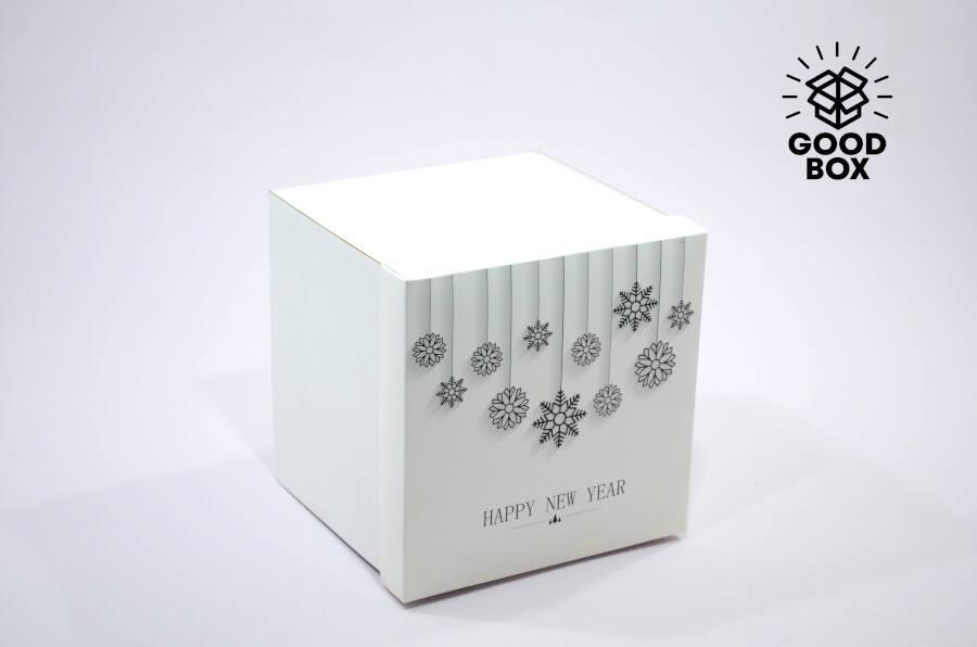 Квадратная подарочная коробка купить с доставкой