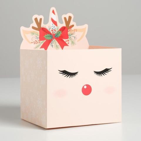 Коробка для мини-букетов «С новым годом», оленёнок, 12 х 18 х 10 см
