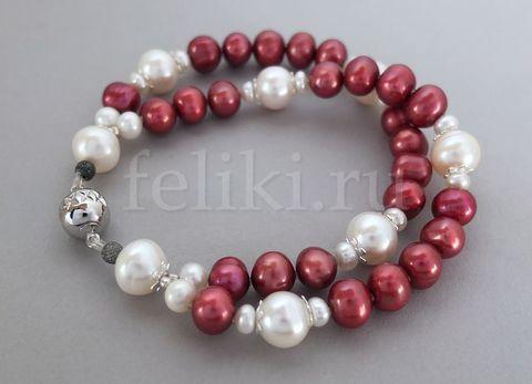 яркий браслет из красного и белого жемчуга_фото