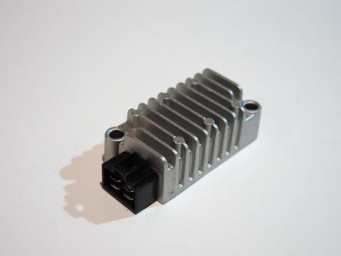 Реле регулятор Yamaha TTR225 TTR250 XT225 XT250 TW125 200 225