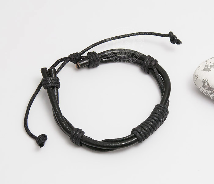 SL0007-K Мужской браслет «Spikes» на завязках из черного шнура фото 02