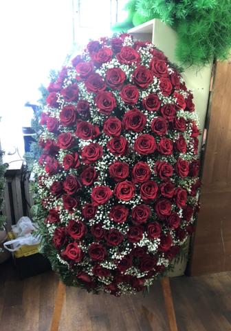 Венок из живых цветов элит ВЖ-35