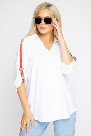 <p><span>Модная рубашка свободного кроя- безусловный тренд 2020-21 года, который еще ни разу не покидал модные вершины.</span></p>