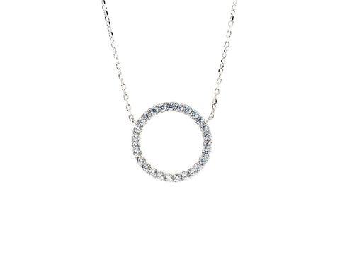 Колье из серебра с круглой подвеской в цирконах