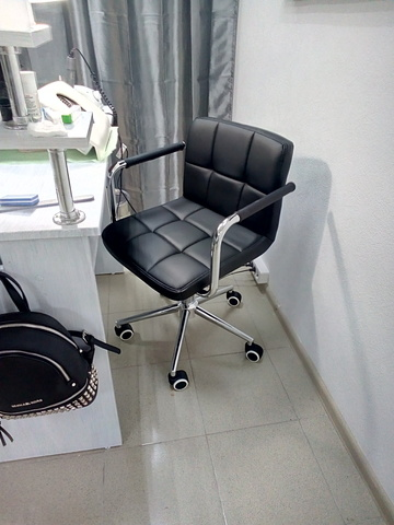 Полубарный стул мастера Kruger Arm (для маникюра/косметолога)