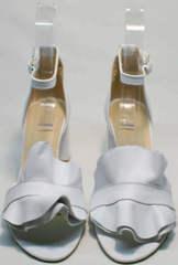 Белые женские босоножки с закрытой пяткой Ari Andano K-0100 White