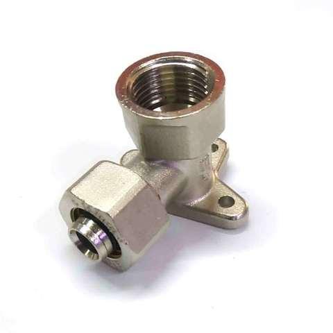 Угол монтажный для  металлопластиковых труб 16*1/2 внутренняя резьба SD Plus