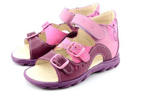 Босоножки Тотто из натуральной кожи с открытым носом для девочек, цвет сирень фиолетовый. Изображение 6 из 12.