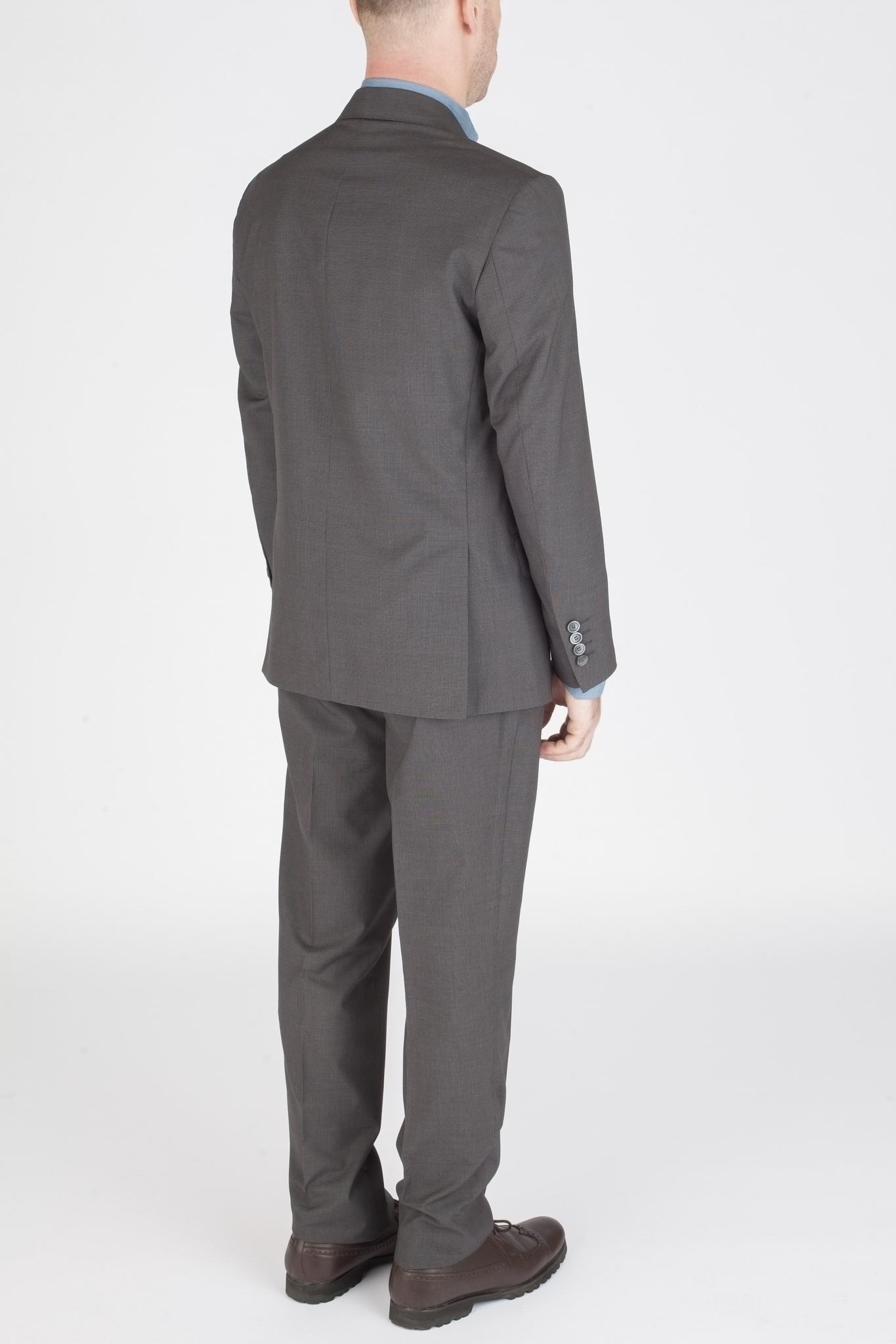 Серый шерстяной костюм в мельчайшую клетку-крапинку