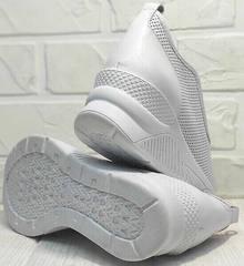 Спортивные туфли женские белые кроссовки на танкетке sport casual стиль летние Derem 1761-10 All White.